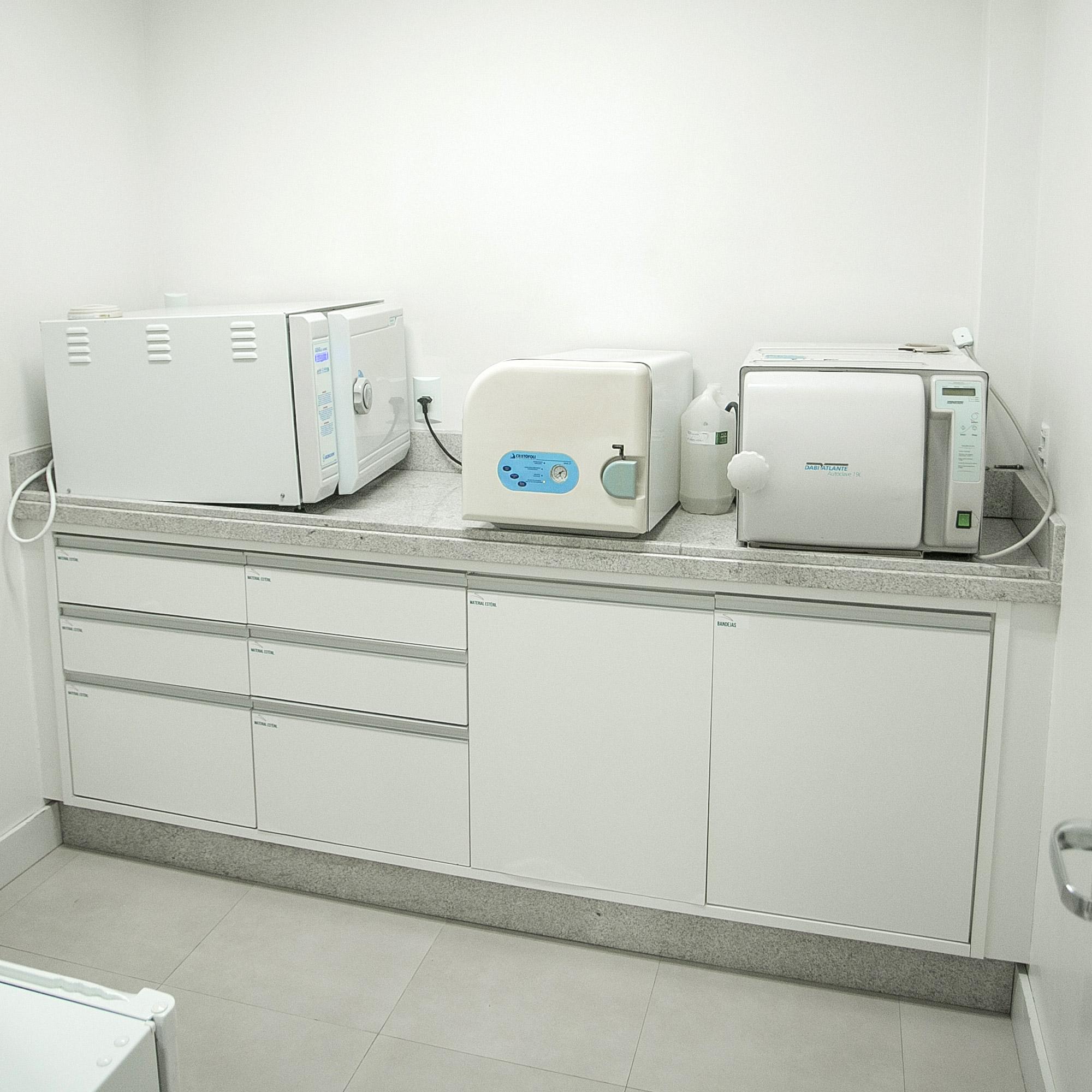 clinica-sergio-cruz-implantes-tubarao-sc-equipamentos